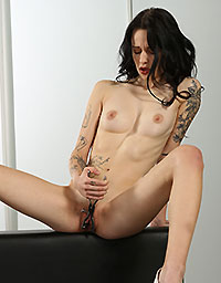 Wet And Puffy Set Tattooed Teen Toying