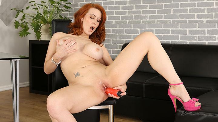 Porn Video Big Tit Redhead